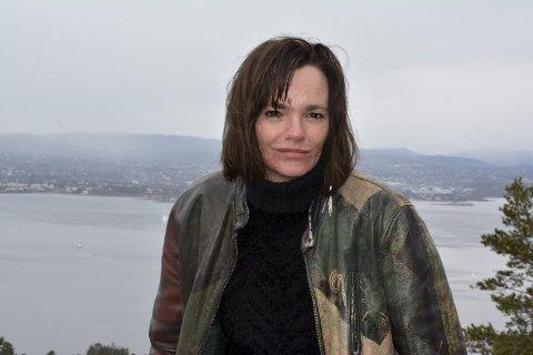 Kommer: Julie Winge deler en sterk historie på kvinnedagen.