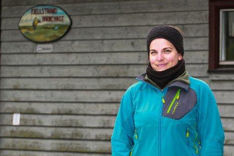 GIR PENDLERNE ET ANSIKT: Kathrine Andersen (26) står opp og setter ord på det mange pendlere føler under den langvarige stengningen av Oslofjordtunnelen.