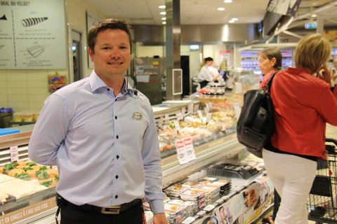 NETTBUTIKK: - Jeg tror mange vil sette pris på at vi bli en nettbutikk, sier kjøpmann Christian Hagen.