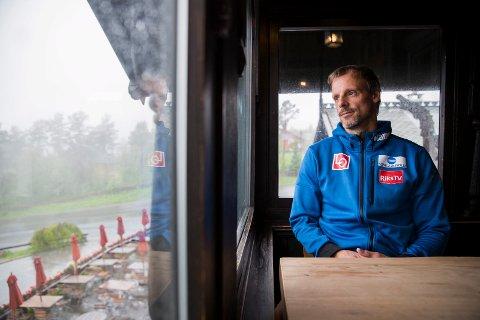 Alexander Stöck: – Hytta er veldig koselig, ikke noe spesielt, men veldig fin synes vi. Vi ble forelsket i stedet med det samme. Foto: Håkon Mosvold Larsen / NTB scanpix  FOTO: Larsen, Håkon Mosvold / NTB scanpix