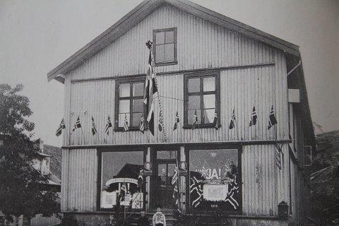 Amta-lokaler: Slik så Lindtruppbakken ut i 1905.