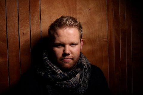 Kim Rysstad synger Draumkvedet i Nesodden kirke 7. januar.