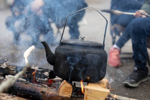 Kos og hygge er en viktig del av Steinerskolens Julemarked. Foto: Marte Garmann