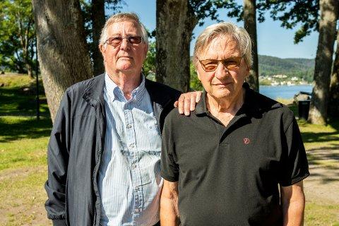 BEKYMRET: Bjørn Loge og Egil Ole Øen står sammen med Verneforeningen der de er bekymret over slitasjen i Kirkeparken.