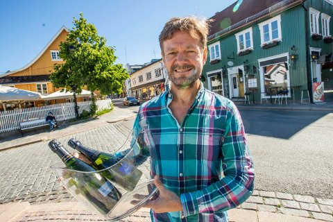 I SENTRUM: Frank Røstgård skal skape vinglede i sentrum.