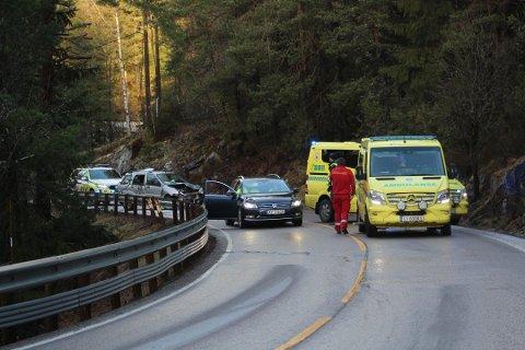 En bilist krasjet på Gamle Mossevei onsdag ettermiddag. Foto: Anders Nordheim Dahl