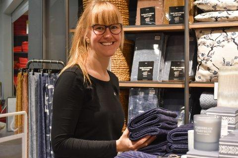 TREDJE PLASS: Interiørbutikken Kid er blant de butikkene som gjør det best av alle butikkene på Drøbak City med tanke på omsetningsøkning i prosent. Det er daglig leder Lisa Marie Larsen godt fornøyd med.