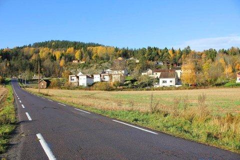RYDDER OPP: Viken Fylkeskommune har nå ansvar for veien som nå får en fartsgrense.
