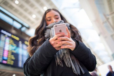 ÅTTE RÅD: Svindlerne herjer i disse dager. Nå har SpareBank 1 Østfold-Akershus lagt ut åtte gode råd til sine kunder i forbindelse med telefonsvindelen enkelte har opplevd.