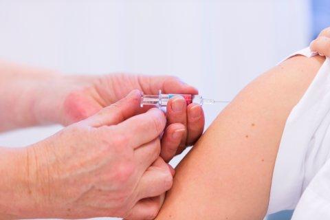 Oslo  20130104. Influensavaksine, svineinfluensavaksine, vaksine, svineinfluensa, influensa, sprøyte, vaxigrip Foto: Cornelius Poppe / NTB