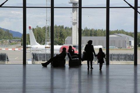 NYE REGLER: Reisen må registreres når det er mindre enn 72 timer til innreisetidspunktet og før ankomst Norge.