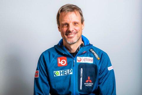 Landslagssjef Alexander Stöckl gleder seg til å reise til hoppuka med en favoritt. Foto: Håkon Mosvold Larsen / NTB scanpix