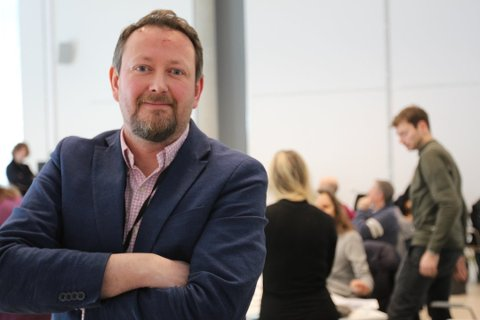 Kommunalsjef Ronny Trogstad kan konstatere at rektorkabalen på Nesodden er i ferd med å løse seg.