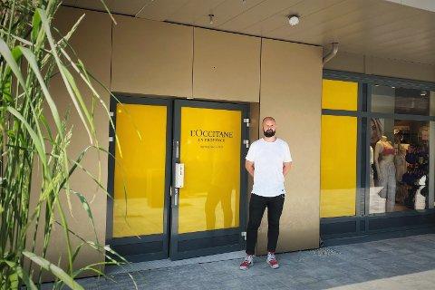 OPTIMISTISK: Senterleder Lars Pedersen ved Oslo Fashion Outlet tror den nye butikken vil slå godt an blant kundene.