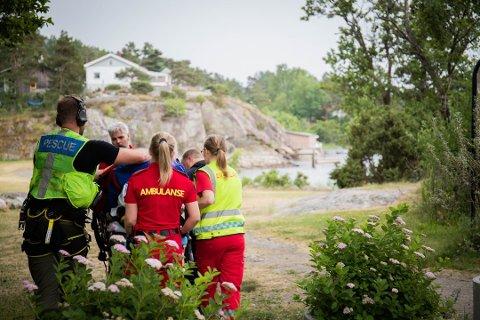 ALVORLIG: En mann i 40-årene ble fløyet bort for behandling av helsevesen etter ulykken på lørdag.