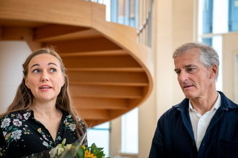 AUFs leder Ina Rangønes Libak vil ha Ap-leder Jonas Gahr Støre med på en ny og radikal boligpolitikk. Foto: Heiko Junge (NTB scanpix)