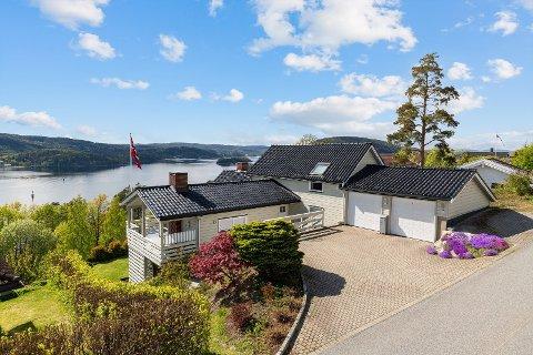 POPULÆR ENEBOLIG: Flere interessenter har allerede satt seg opp på liste for eiendommen i Skrivergårdskogen i Drøbak.