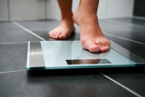 Hvordan du bør gå ned i vekt, kommer an på hva som motiverer nettopp deg, ifølge ekspertene.