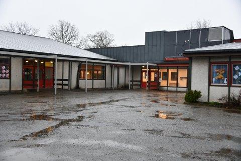 Myklerud skole på Fagerstrand er nå gjenåpnet etter at det er konstatert at ingen elever lenger er smittet med covid-19.