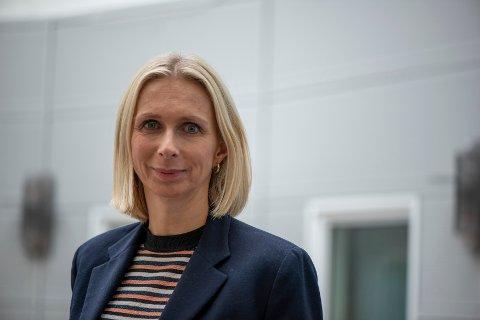 FLERE JOBBER: Guro Steine er president i Norges Seilforbund, men til daglig jobber hun som blir ny kommunikasjons- og bærekraftsdirektør i GK Gruppen.