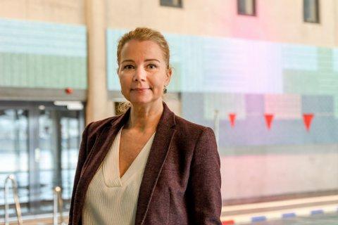 STOR ANDEL: Rundt 20 prosent av de besøkende i helgene kommer normalt fra Follo, forteller daglig leder i Østfoldbadet, Christine Aannerud.