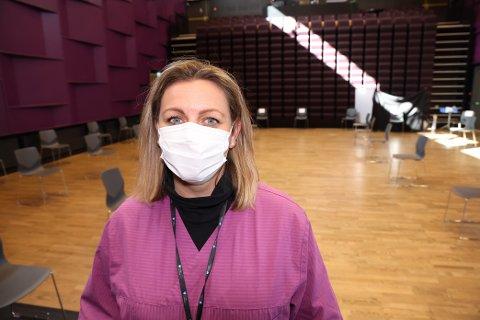 ADVARER: Avdelingsleder for vaksine, Christine Mathisen Haugan, i Frogn kommune advarer mot falske vaksinemeldinger.