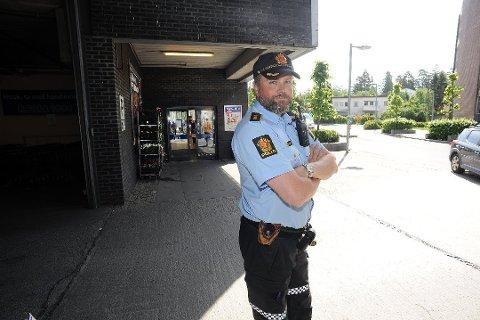 Seksjonsleder for nærpolitiet i Follo, Marius Gunnerud, legger ikke skjul på at det ble mye å gjøre 17. mai for politiet.