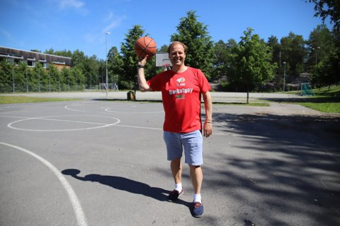 Ståle De Lange Kofoed fra Nesodden basket forteller at de har blitt en av de største klubbene i landet.
