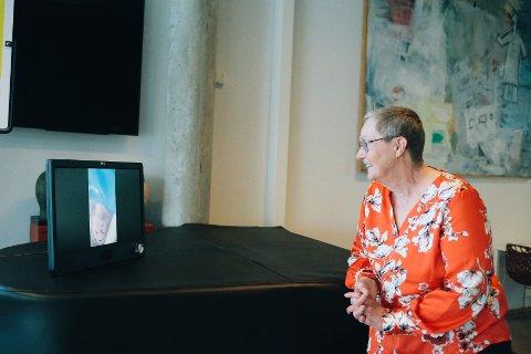 Leder for Nesodden pensjonistforbund håper at de eldre på Nesodden får glede av gaven de har gitt til kommunen.