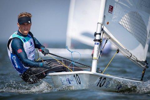 OL-FORM: Hermann Tomasgaard kjemper nå om seieren i den pågående verdenscupregattaen i Nederland.