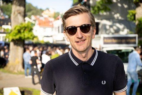 Festivalarrangør Hans Petter Haaland i Drøbakfestivalen ble rørt og veldig lettet da han hørte om gjenåpningen lørdag.