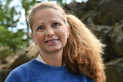 Utdanningsforbundets lokallagsleder på Nesodden, Evelyn Farbrot, kjemper for å gjøre nesoddskolen lukrativ for lærerne i et samfunn som står i fare for å oppleve akutt lærermangel innenfor overskuelig framtid.