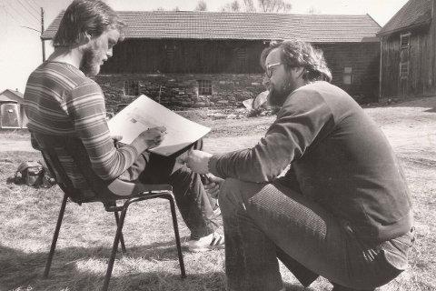 1983: Kjell Akeren var på Museumssenteret Ramsmoen som sivilarbeider på begynnelsen av 80-tallet. - Mye av museumsarbeidet her i Nord-Østerdal hvilte nettopp på sivilarbeiderne, sier daværende konservator Per Hvamstad.