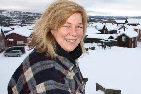 """Som regel er Rulle Smit regissør når det spilles skuespill, men i """"Hjem til jul"""" er hun sjøl foran kameraet."""