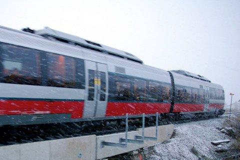 IKKE NYTT: Passasjerer på Rørosbanen må fortsatt reise med materiell som nærmer seg utfasing. Arkivfoto: Tonje H. Løkken