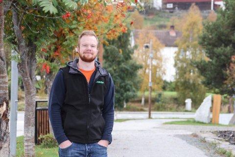 Ung tilbakeflytter                                    Lars Tollef Jordet fra Tolga flytter hjem og biir den nye verksmesteren på Eiksenteret som utvider virksomheten. Foto: Guri Jortveit