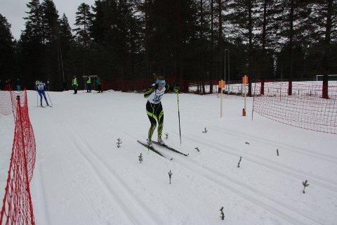 TIL TOPPS: Magni Smedås spurtslo Anna Emilie Kant og vant KM-fellesstarten på Rena.