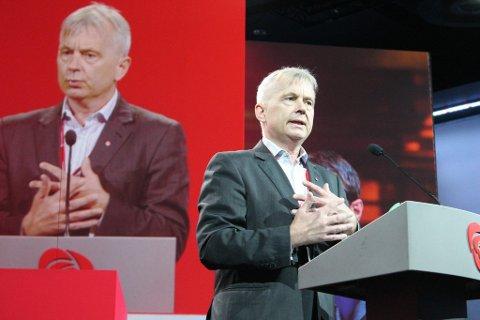JORD OG SKOG: Knut Storberget kritiserte salget av statlig skog.