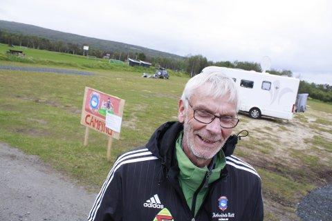 PÅ ØRA: Dagfinn  Moen i Røros IL ved bobilplassen.