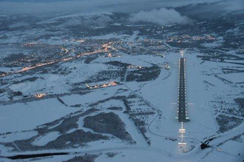 Røros lufthavn målte 25 minusgrader onsdag morgen. Tirsdag var det 28 minusgrader ved Røros lufthavn.