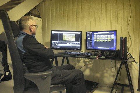 Redigerer: På hjemmekontoret på Skatval sitter Steinar og redigerer film og bilder til filmen om Johan Falkberget.
