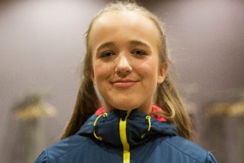 OVERSTÅTT: Oda Lundli (16) veldig fornøyd og litt sliten etter premieren.