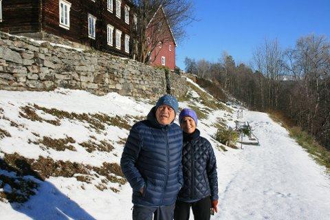 I GOD STAND. Jenny S. Myhre og Per Sandmæl har brukt mye tid på å vedlikeholde murene på gården.