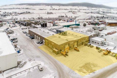 TIL SALGS: Gjermundshaug Eiendom AS  selger verkstedhallen på Nytrøa Industriområde på Tynset for godt og vel 6,7 millioner kroner.