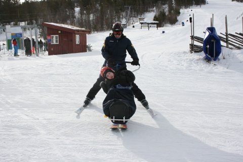 FART. Nicolai Gullikstad elsker fart og spenning.