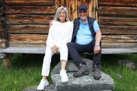 Bjørn og Ursula på gården ved Sålekinna
