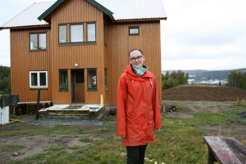 MER UTSIKT: Noe av skogen mot bygda er ryddet, og Ida Engan ser fram til å åpne opp enda mer.