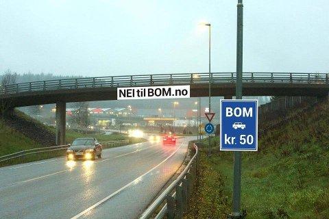 Sånn ser Facebook-gruppen NEI til BOM i Ski og Ås for seg bomløsning på sideveier i Ås kommune. Onsdag kveld sa Kommunestyret i Ås nei til en slik løsning.