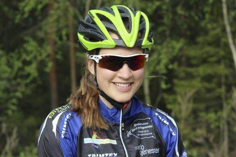 Gjør det skarpt på sykkele: Thea Siggerud fra Ås sykler for Soon CK. Foto: Mattias Mellquist