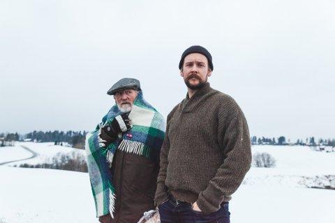 Fra venstre: Erik Hivju og Kenneth Årkerland Berg.